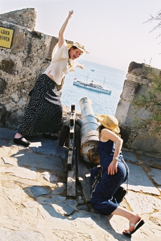 protecting the castel 2002.jpg